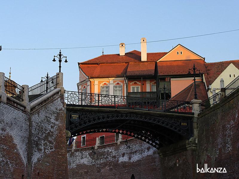 Мост лгунов в Сибиу, Румыния